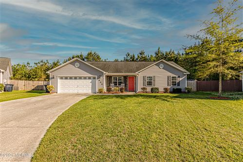 Photo of 1006 Hollyfield Court, Jacksonville, NC 28546 (MLS # 100267748)