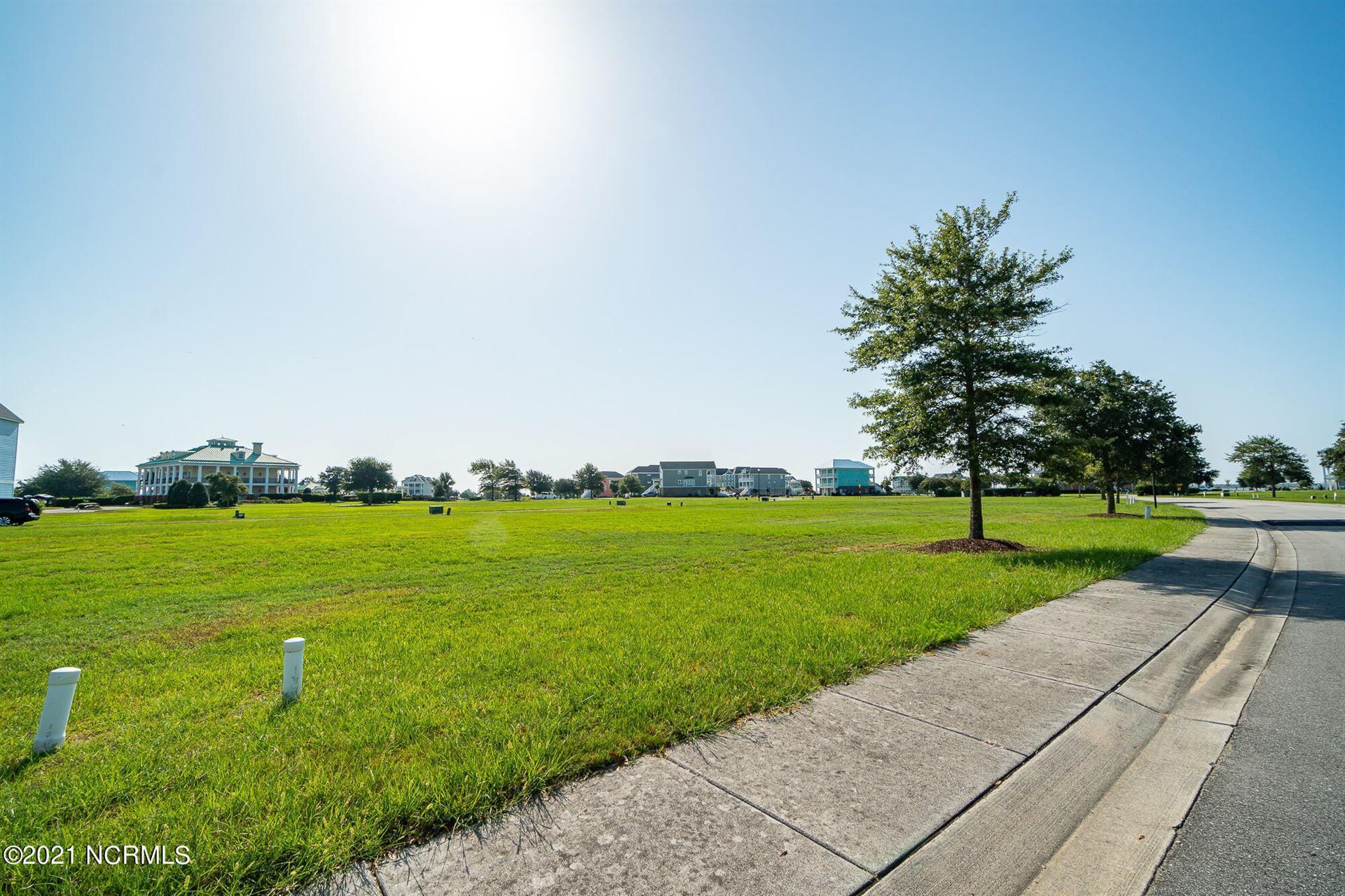 Photo of 836 Cannonsgate Drive, Newport, NC 28570 (MLS # 100288749)