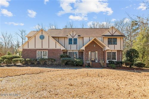 Photo of 938 Lynchburg Drive, Jacksonville, NC 28546 (MLS # 100257755)