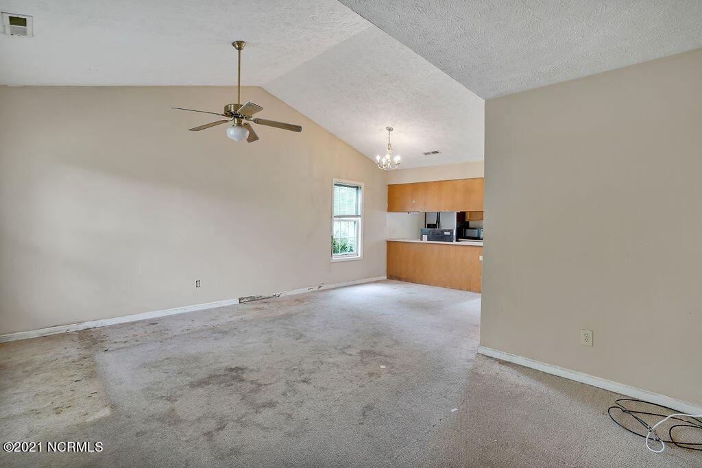 Photo of 704 Thistle Court, Wilmington, NC 28411 (MLS # 100291755)