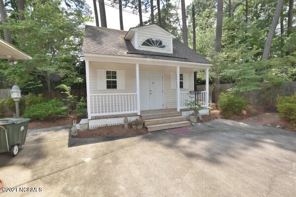 Photo of 3213 Woodlawn Road, Rocky Mount, NC 27804 (MLS # 100281757)