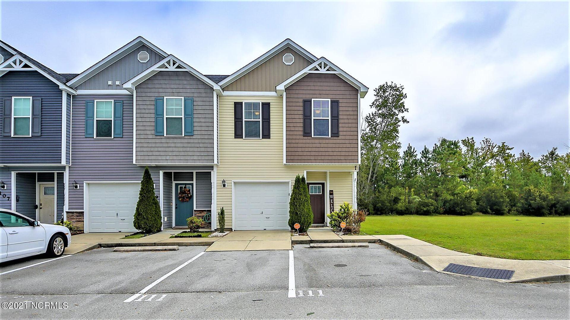 Photo of 111 Waterstone Lane, Jacksonville, NC 28546 (MLS # 100294760)