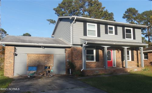 Photo of 804 Winchester Road, Jacksonville, NC 28546 (MLS # 100252761)