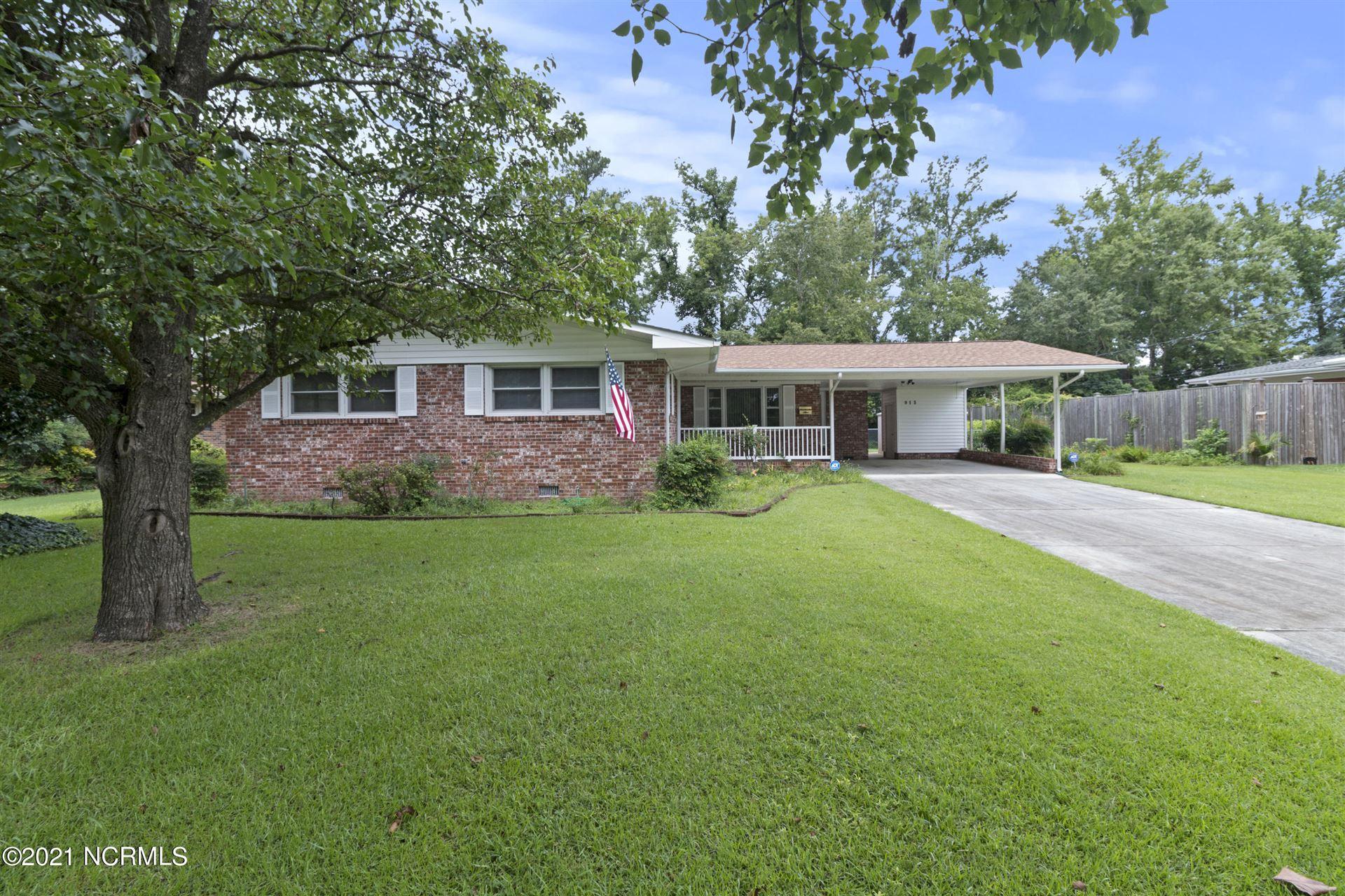 Photo of 913 Vernon Drive, Jacksonville, NC 28540 (MLS # 100282762)