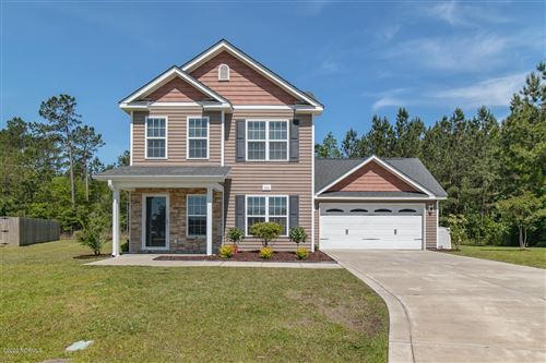 Photo of 405 Skye Court, Jacksonville, NC 28546 (MLS # 100225768)