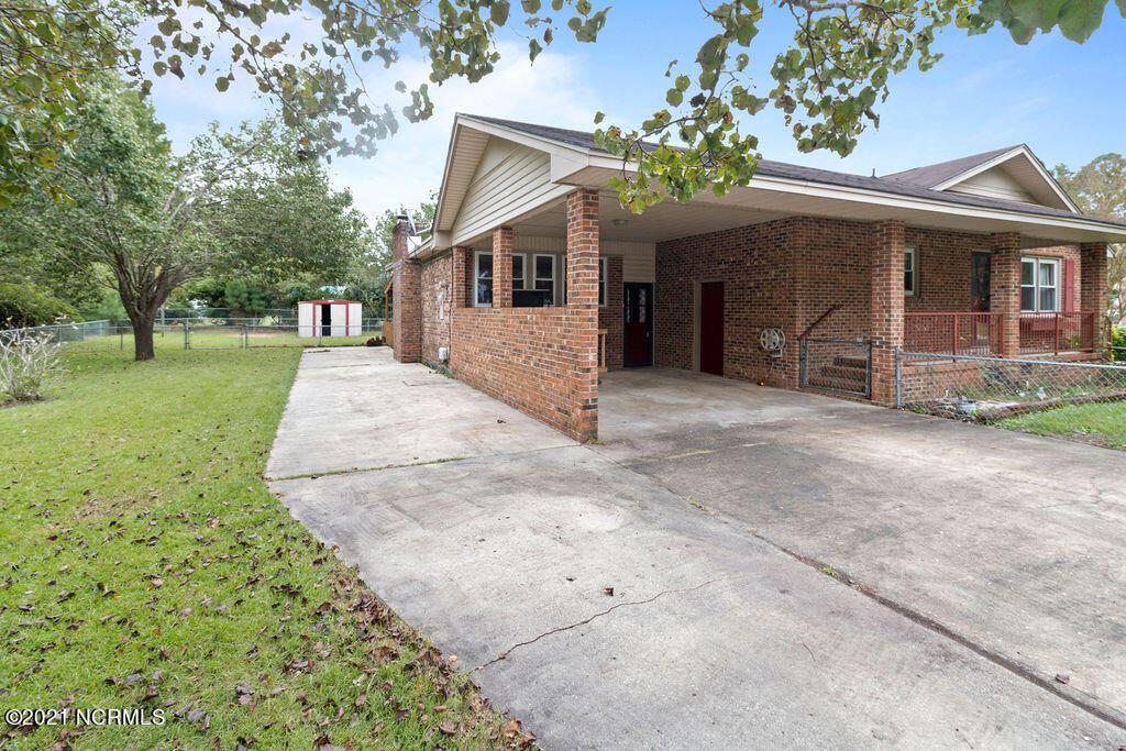 Photo of 507 Thomas Drive, Jacksonville, NC 28546 (MLS # 100294768)