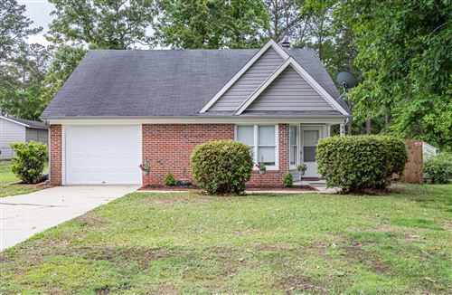 Photo of 547 Shadowridge Road, Jacksonville, NC 28546 (MLS # 100270773)