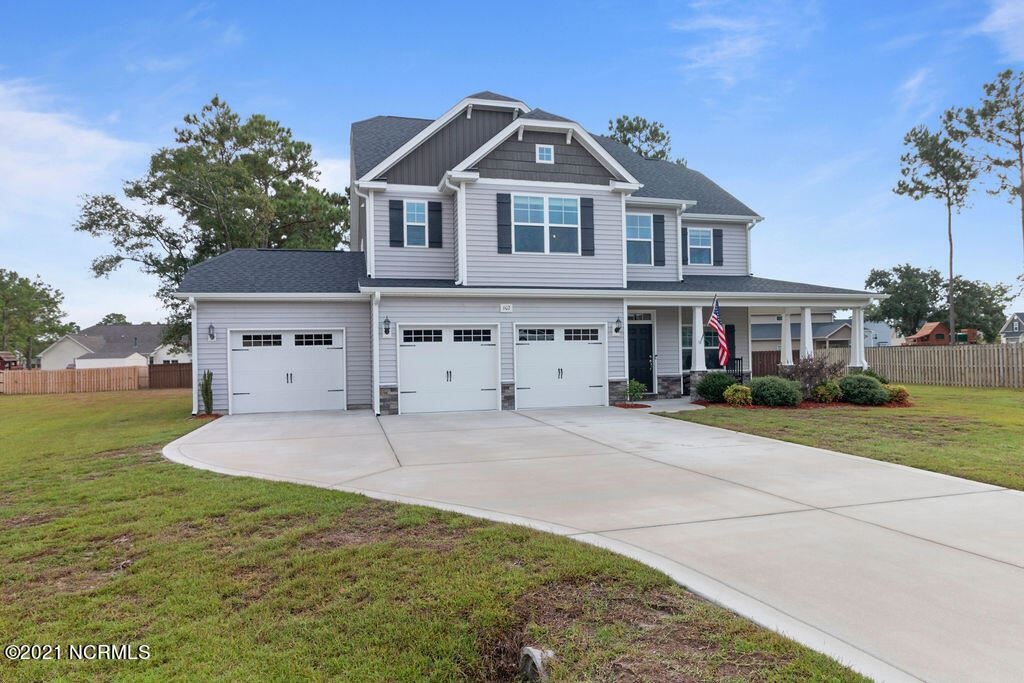 Photo of 602 Pennywort Court, Sneads Ferry, NC 28460 (MLS # 100294773)