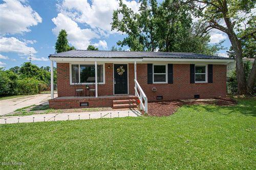 Photo of 113 Shamrock Drive, Jacksonville, NC 28540 (MLS # 100226778)