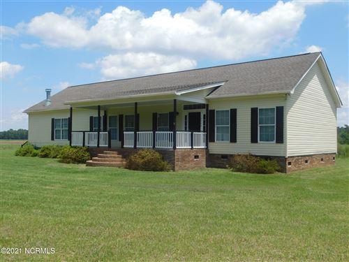 Photo of 8504 Johns Mill Road, Maxton, NC 28364 (MLS # 100275783)