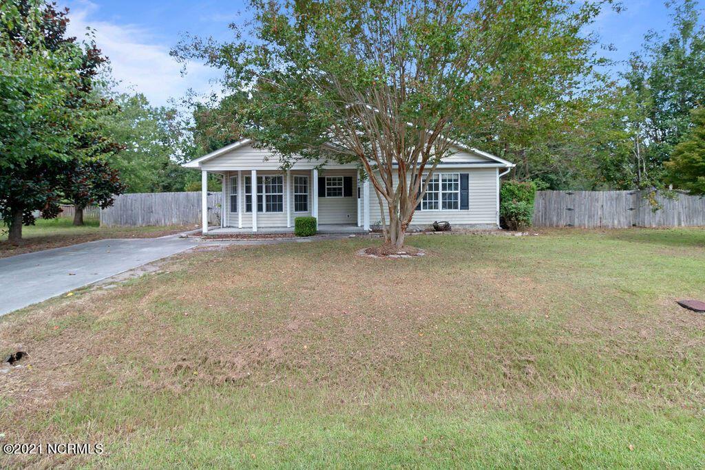Photo of 124 Plow Point Lane, Jacksonville, NC 28546 (MLS # 100291793)