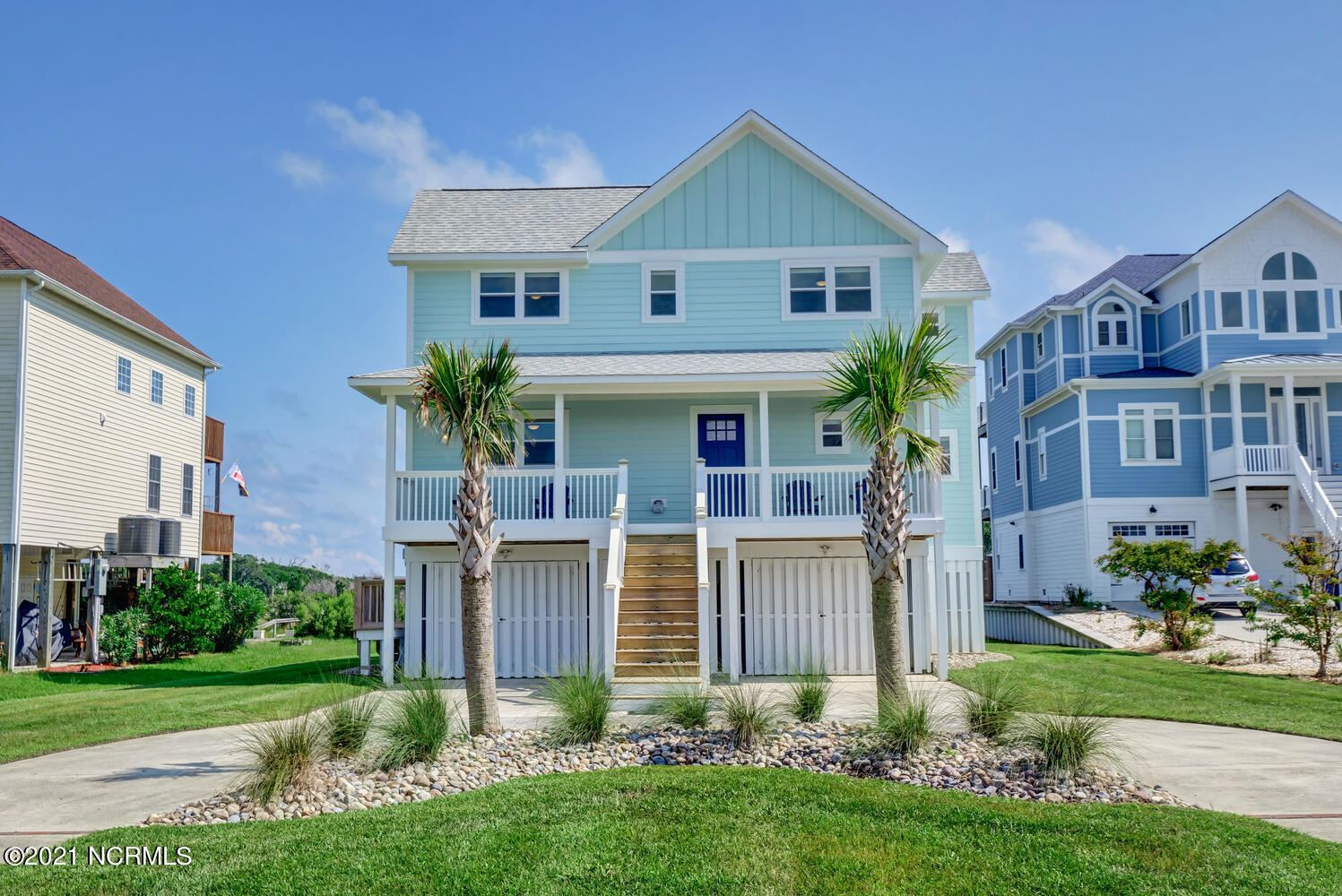 Photo of 243 Waterway Drive, Sneads Ferry, NC 28460 (MLS # 100285796)