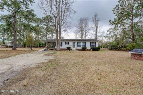 Photo of 502 White Oak Drive, Hampstead, NC 28443 (MLS # 100220797)