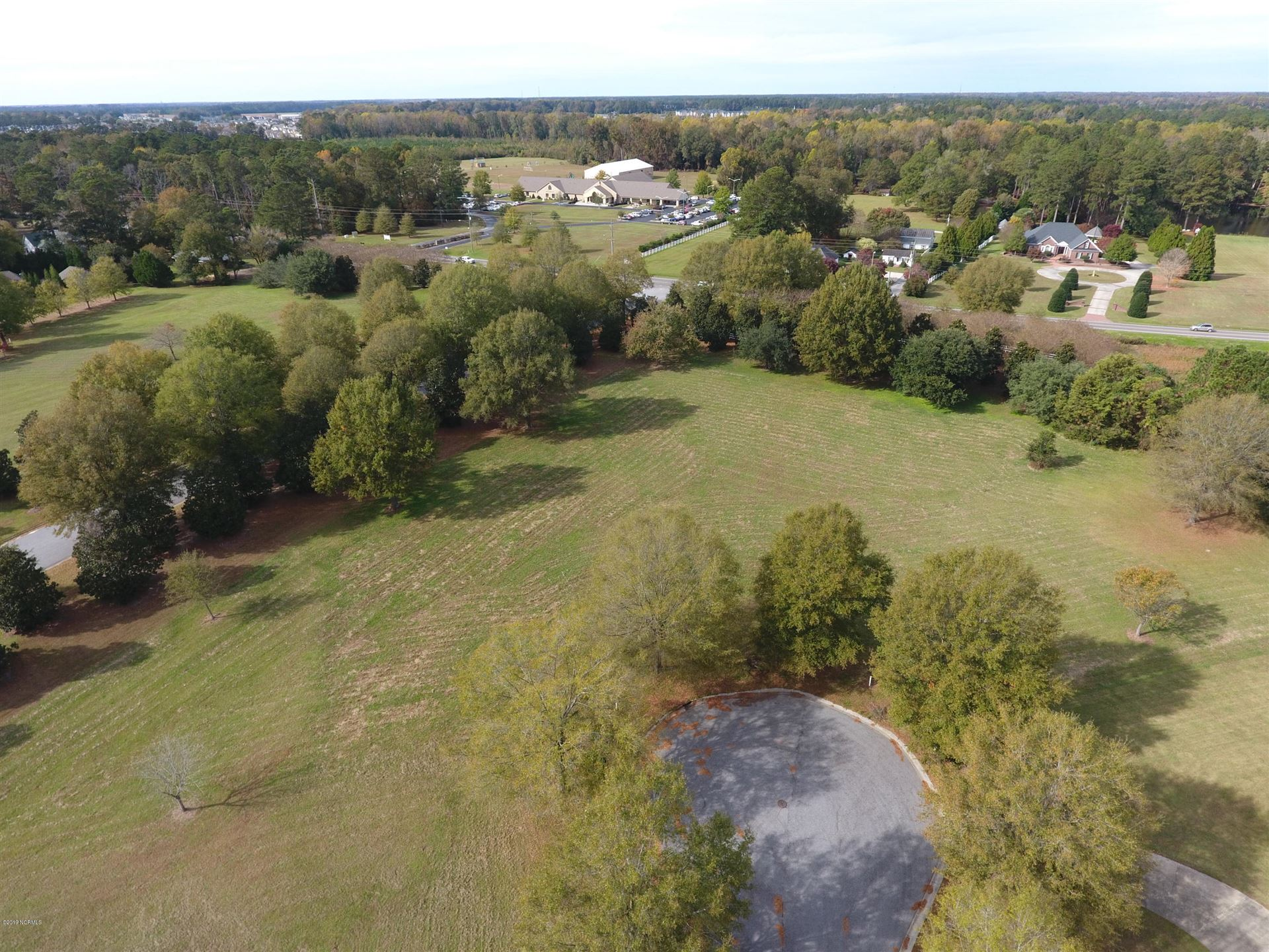 Photo of 3103 Bluewillow Way, Greenville, NC 27834 (MLS # 100172797)