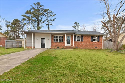 Photo of 107 Oxford Drive, Jacksonville, NC 28546 (MLS # 100208801)