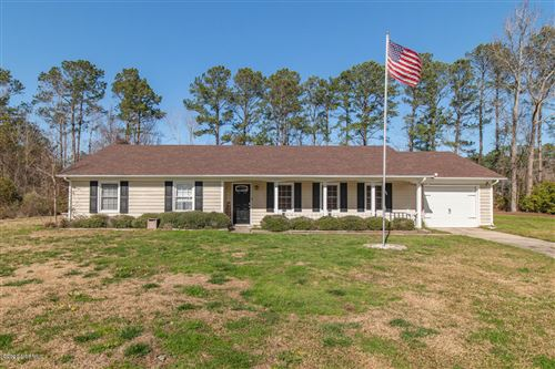 Photo of 517 W Springhill Terrace, Jacksonville, NC 28546 (MLS # 100203802)