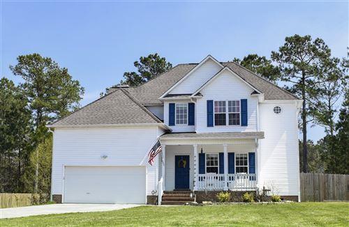 Photo of 205 Middle Ridge Drive, Hubert, NC 28539 (MLS # 100211804)