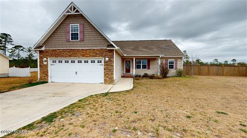 Photo of 207 Lockwood Court, Hubert, NC 28539 (MLS # 100259804)