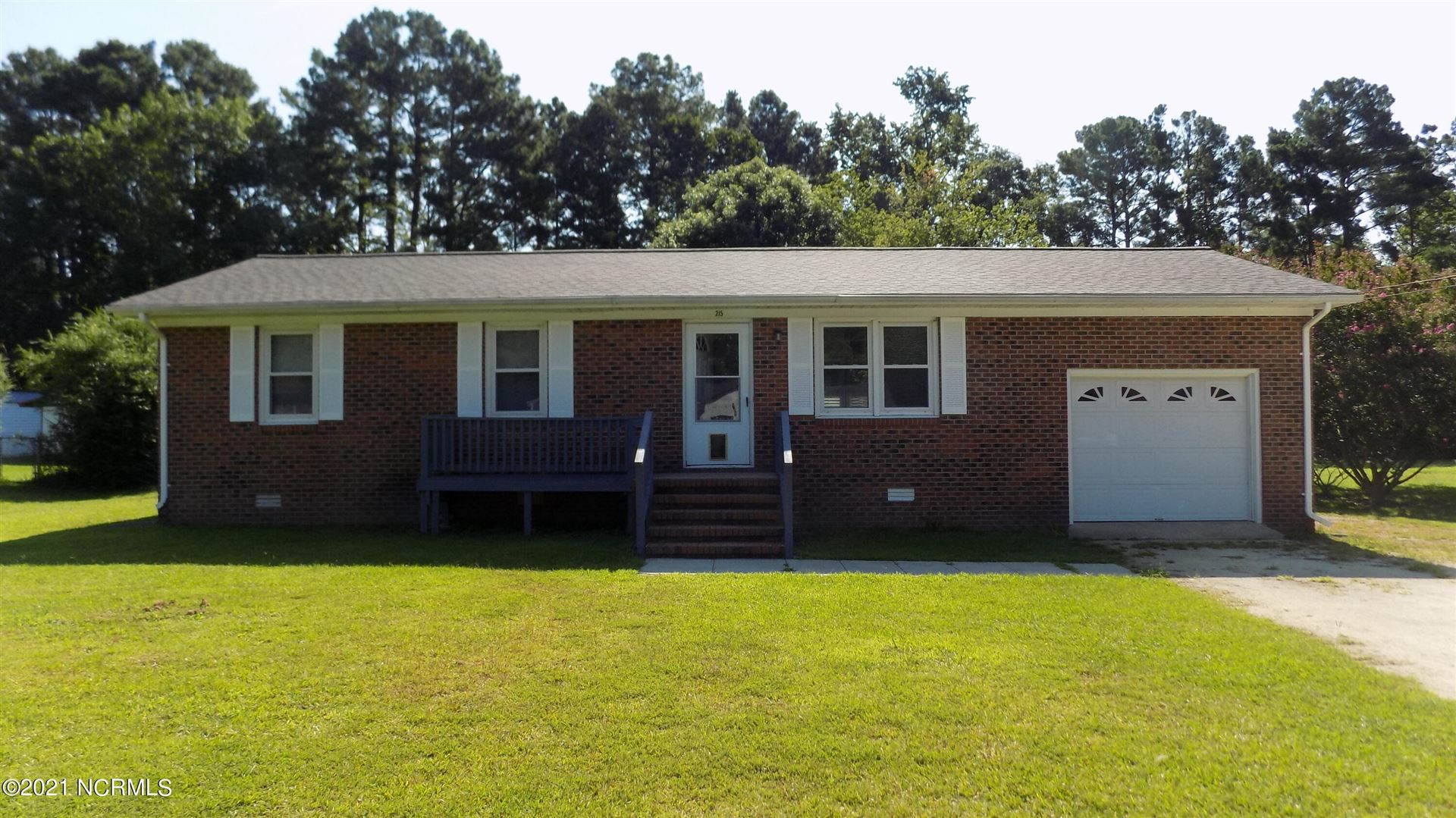 Photo for 215 Fire Tower Road, Richlands, NC 28574 (MLS # 100283807)