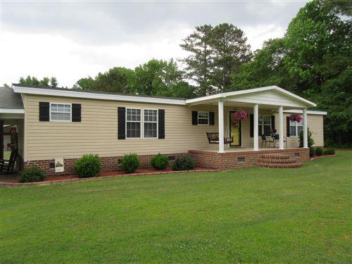 Photo of 136 Waller Farm Road, Kinston, NC 28504 (MLS # 100270810)