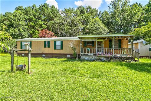 Photo of 960 Sycamore Drive, Burgaw, NC 28425 (MLS # 100124811)