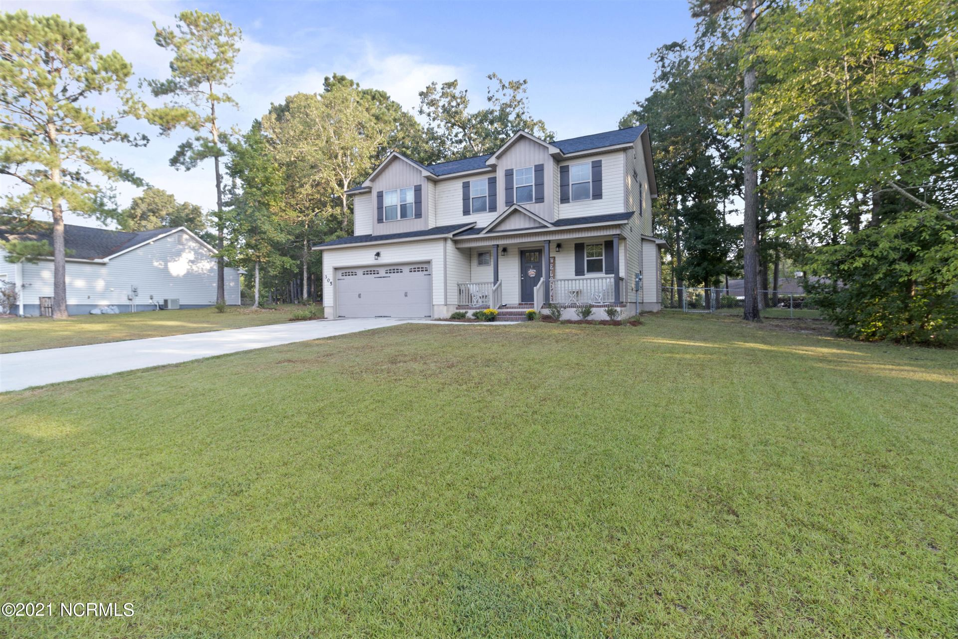 Photo of 305 Foliage Court, Jacksonville, NC 28540 (MLS # 100290815)