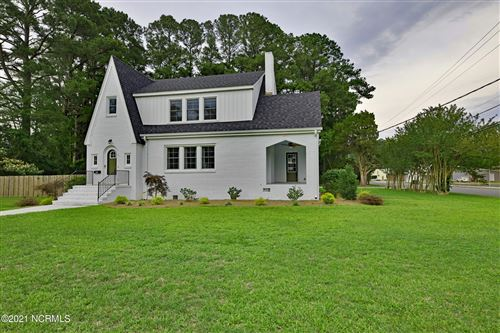 Photo of 417 S College Street, Wallace, NC 28466 (MLS # 100276817)