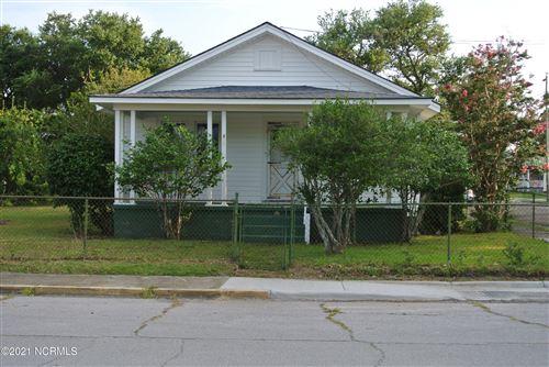 Photo of 800 Mulberry Street, Beaufort, NC 28516 (MLS # 100282817)
