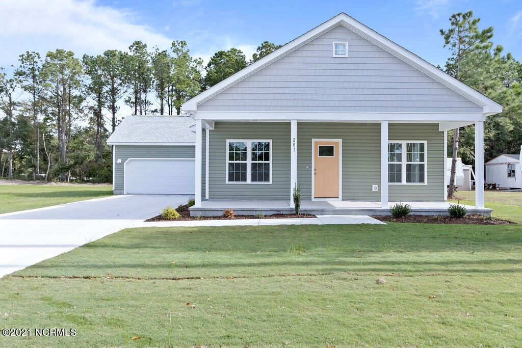 Photo for 201 Zonnie Lane, Hampstead, NC 28443 (MLS # 100253825)