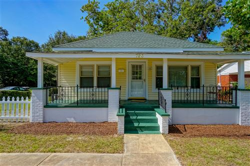 Photo of 723 Clarendon Avenue, Southport, NC 28461 (MLS # 100237830)