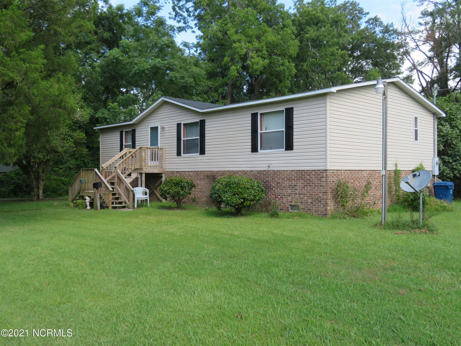 Photo of 804 Old County Road, Belhaven, NC 27810 (MLS # 100286836)