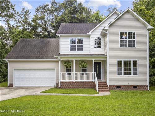 Photo of 129 Bayside Drive, Sneads Ferry, NC 28460 (MLS # 100283840)