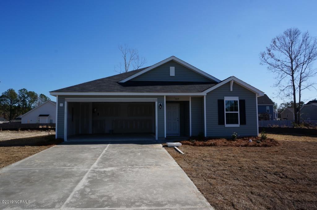 Photo of 513 Ranchers Lane, Jacksonville, NC 28546 (MLS # 100259840)