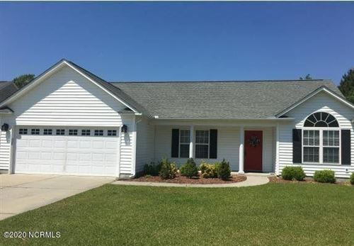 Photo of 203 Saratoga Lane, New Bern, NC 28562 (MLS # 100225844)