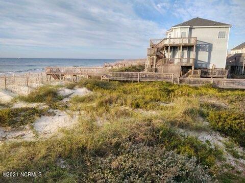 Photo of 420 Hampton Colony Circle, North Topsail Beach, NC 28460 (MLS # 100295848)