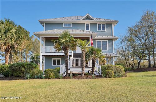 Photo of 206 Crane Point, Hampstead, NC 28443 (MLS # 100265850)