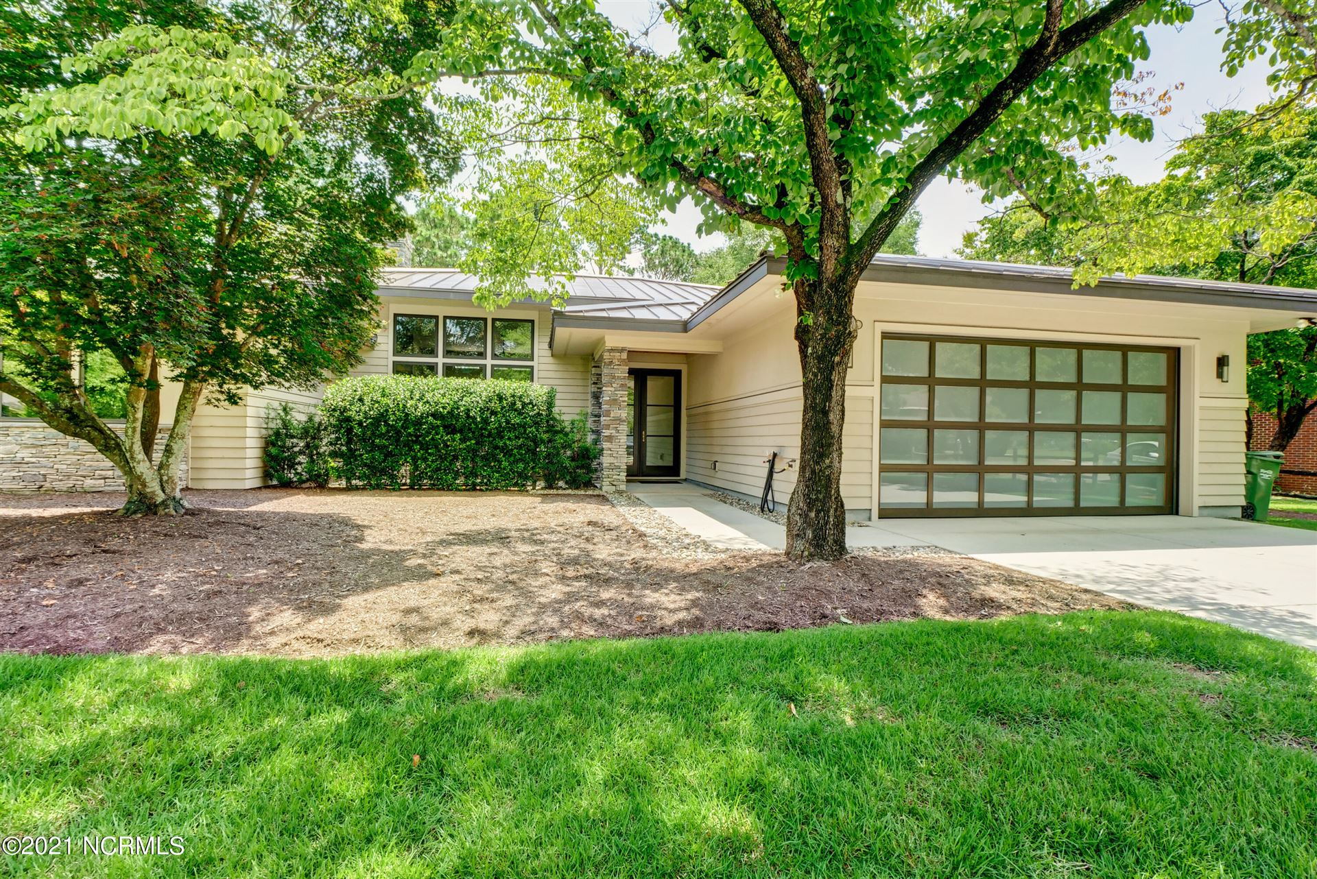 Photo for 230 Long Leaf Acres Drive, Wilmington, NC 28405 (MLS # 100284851)
