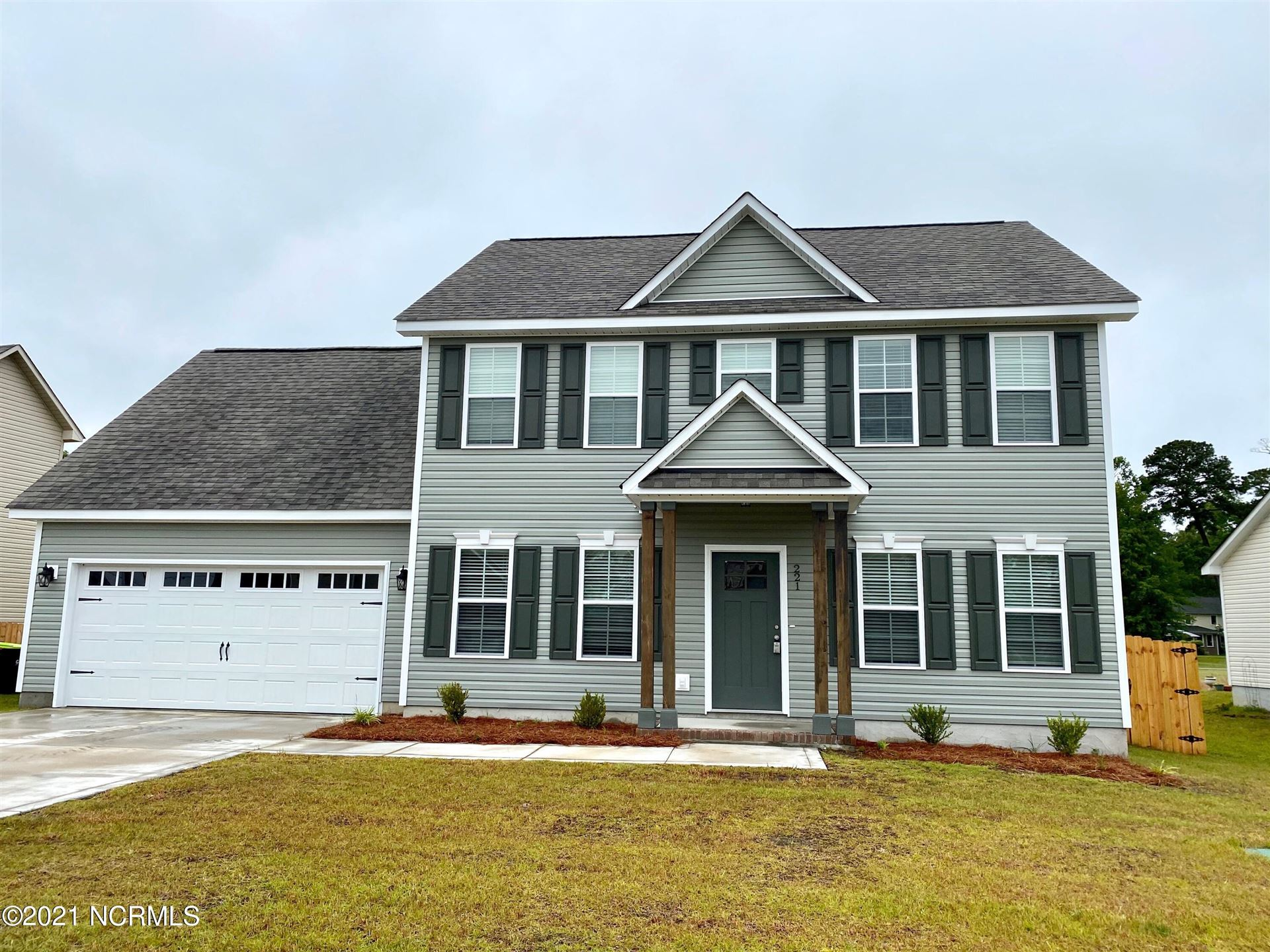 Photo for 221 Holly Grove Court E, Jacksonville, NC 28540 (MLS # 100283854)