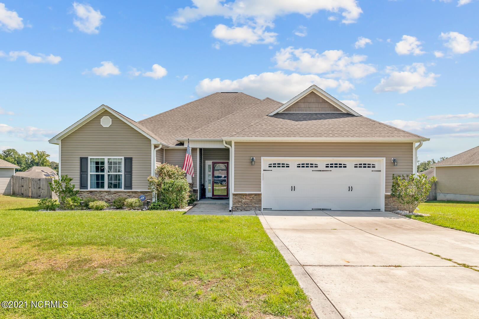 Photo of 116 Prelude Drive, Richlands, NC 28574 (MLS # 100289856)