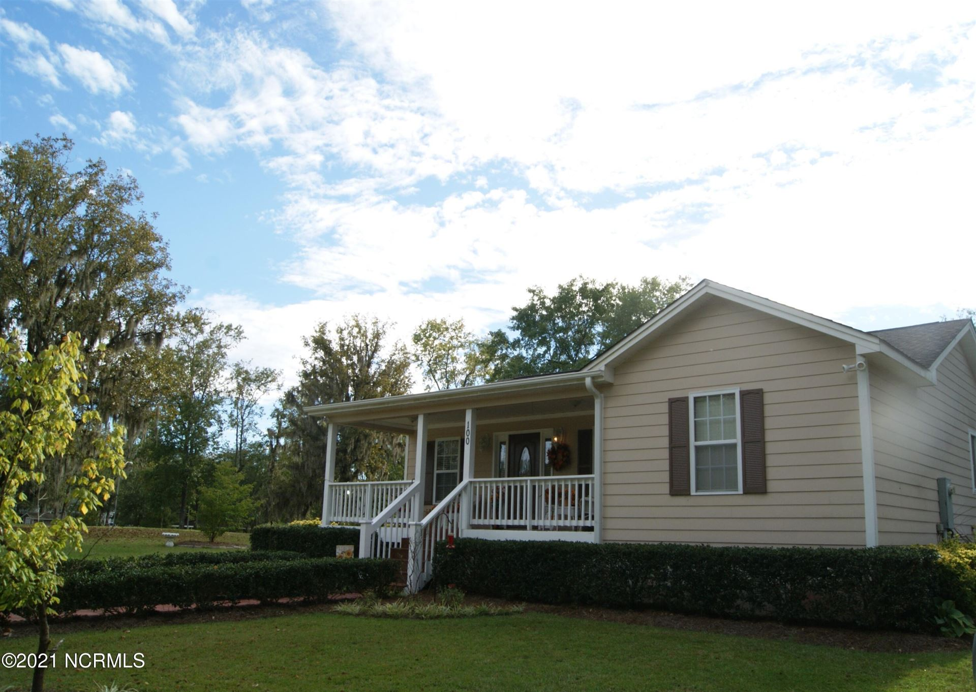 Photo of 100 Borough Spur Road, Currie, NC 28435 (MLS # 100293859)