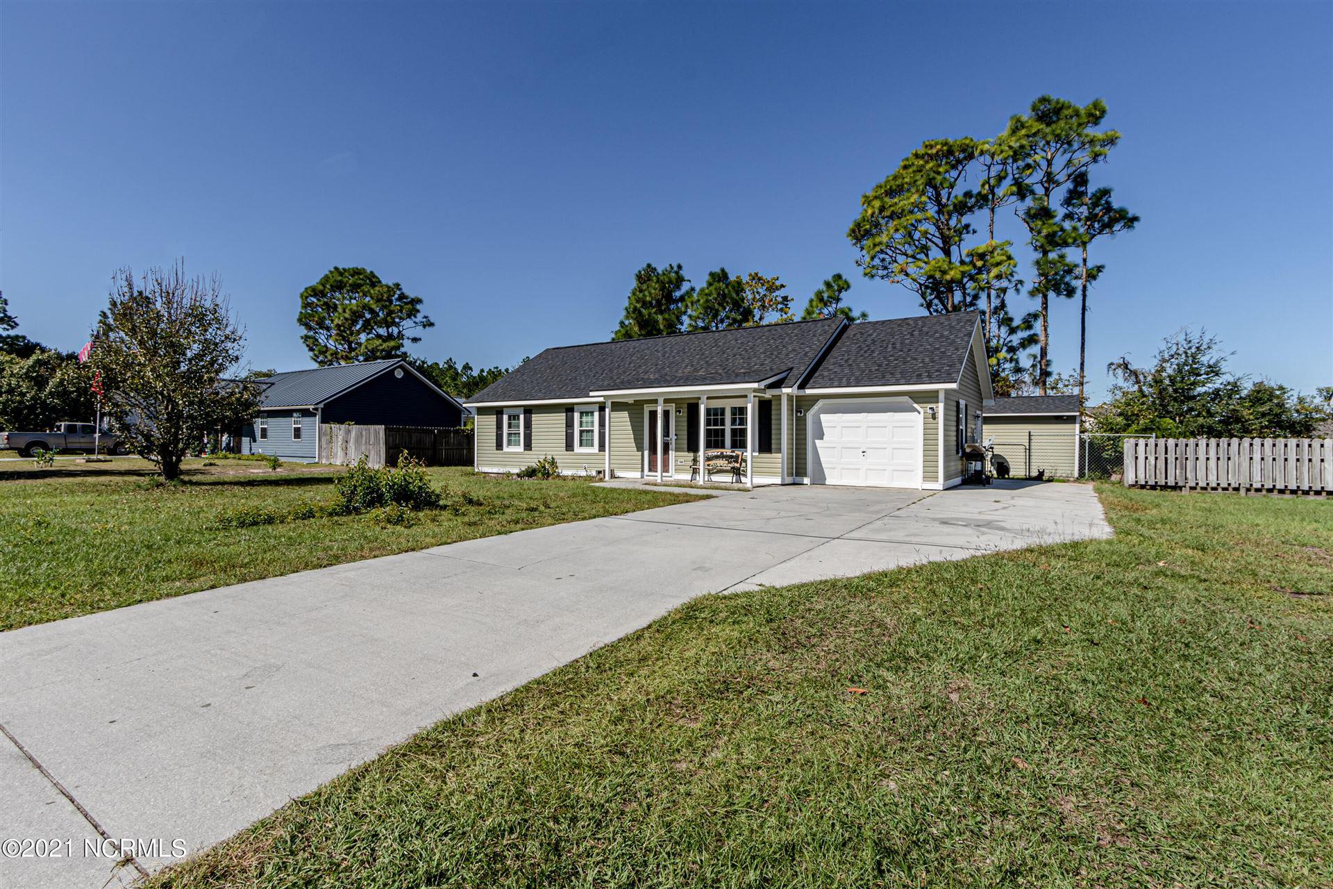 Photo of 307 Crown Point Road, Hubert, NC 28539 (MLS # 100295866)