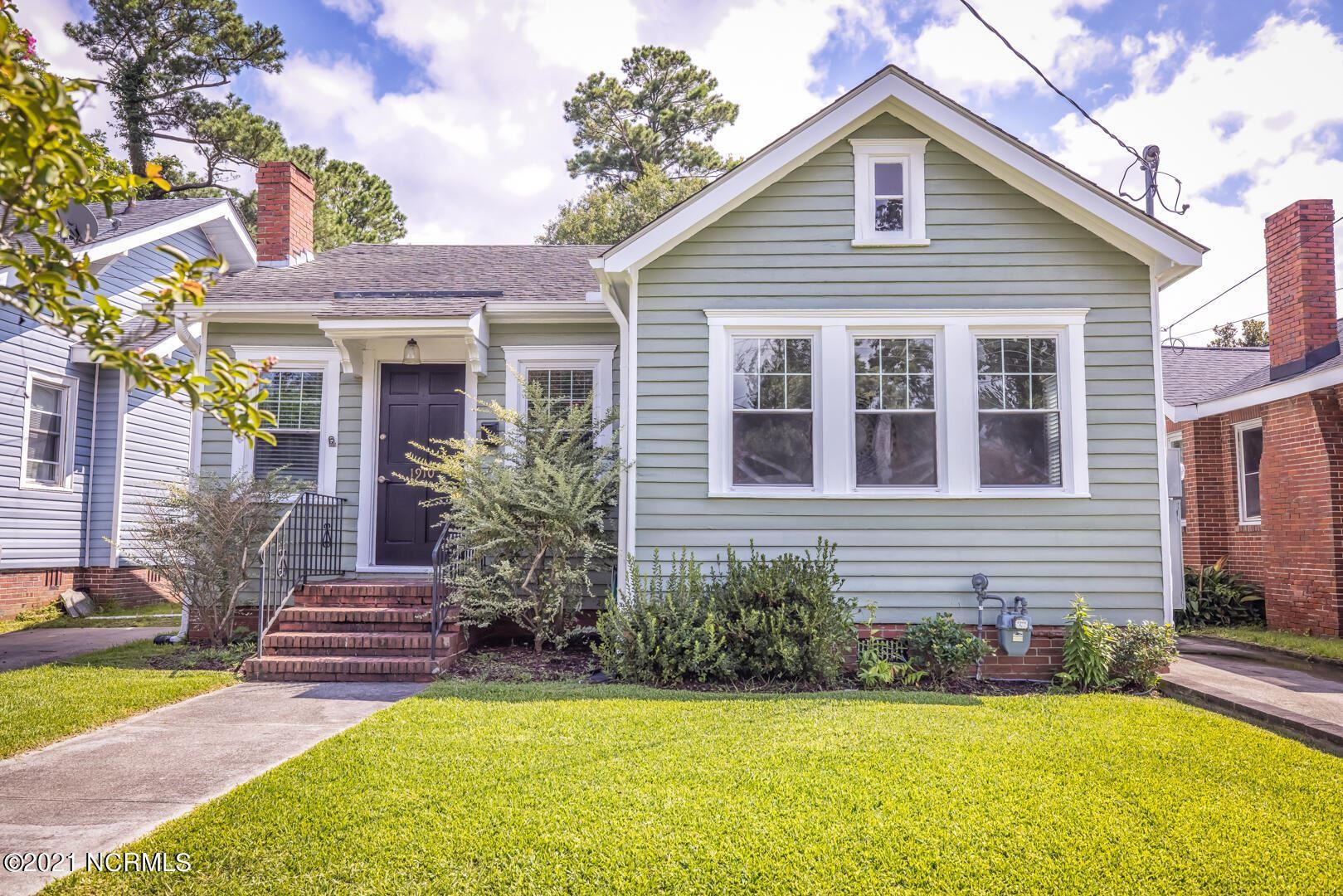 Photo for 1910 Nun Street, Wilmington, NC 28403 (MLS # 100284874)