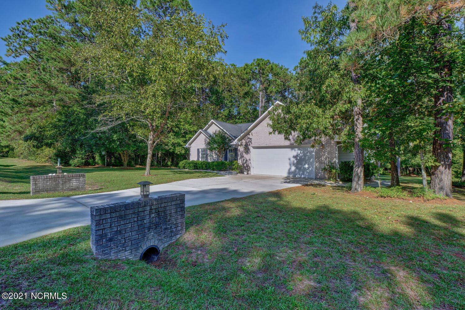 Photo of 1003 Mill Run Road, Sneads Ferry, NC 28460 (MLS # 100294879)
