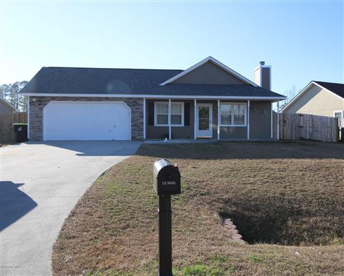 Photo of 108 Fox Den Drive, Hubert, NC 28539 (MLS # 100198880)