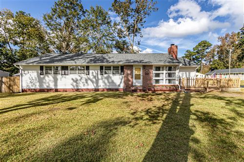 Photo of 711 Davis Street, Jacksonville, NC 28540 (MLS # 100244881)