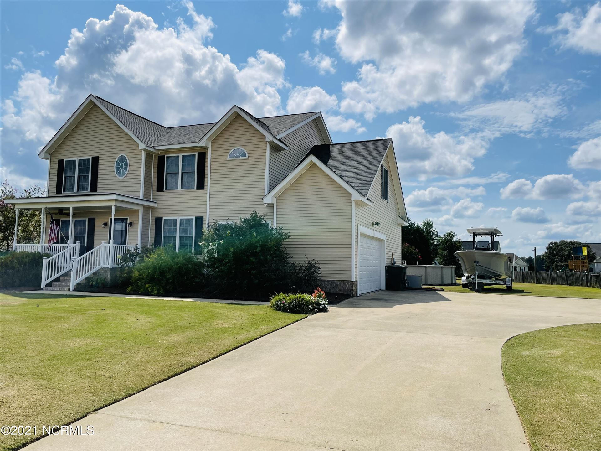 Photo of 915 Treyburn Circle, Greenville, NC 27858 (MLS # 100290886)