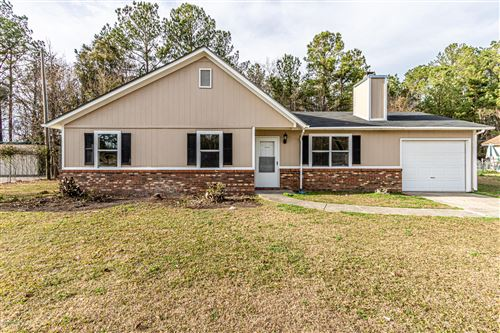 Photo of 115 Hunting Green Drive, Jacksonville, NC 28546 (MLS # 100197887)