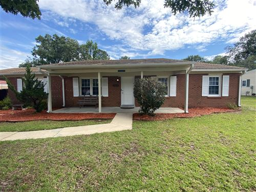 Photo of 2802 Country Club Road, Jacksonville, NC 28546 (MLS # 100222889)
