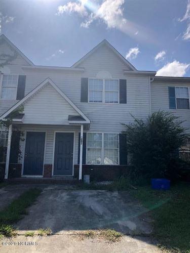 Photo of 1082 W Pueblo Drive, Jacksonville, NC 28546 (MLS # 100237893)