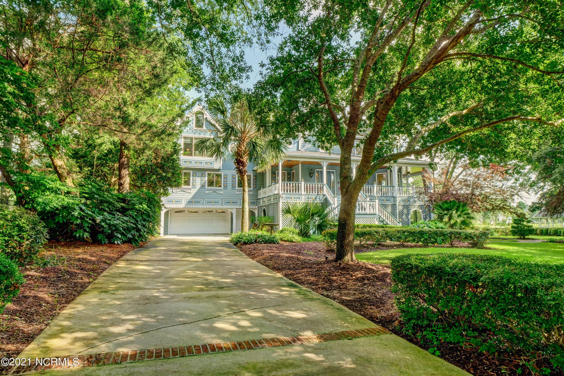 Photo of 141 Middle Oaks Drive, Wilmington, NC 28409 (MLS # 100286893)